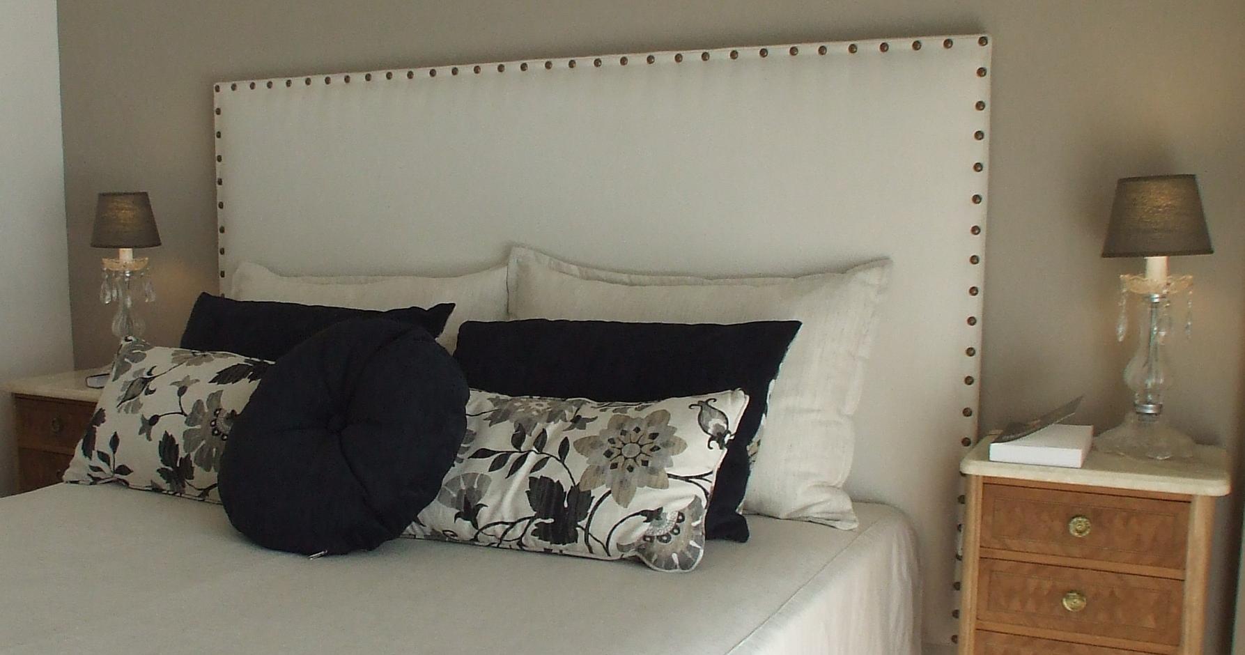 Boutique de muebles mar a casanova for Telas para tapizados de muebles